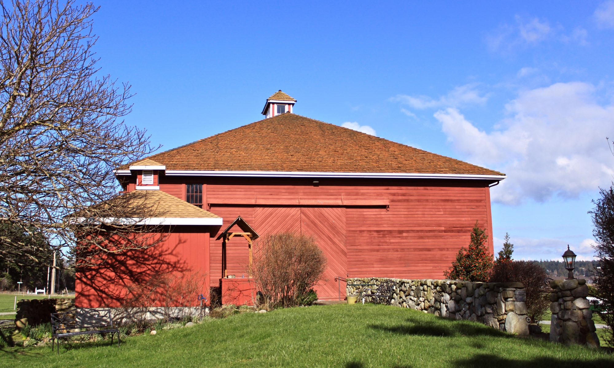 The Historic Crockett Barn - Weddings and Parties Venue - Whidbey Island - Coupeville